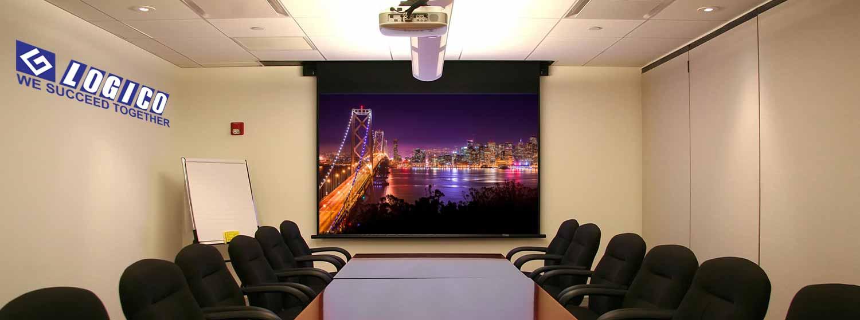 Tùy tính chất công việc là dùng cho  văn phòng, hội nghị, hay dùng cho giảng dạy mà lựa chọn máy chiếu phù hợp