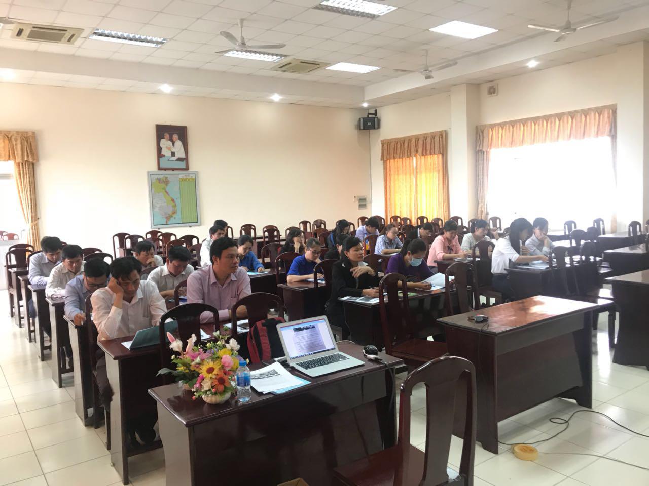 Một buổi đào tạo và hướng dẫn sử dụng hệ thống cho các trường - rường học Tiên tiến Thông minh tỉnh Bình dương