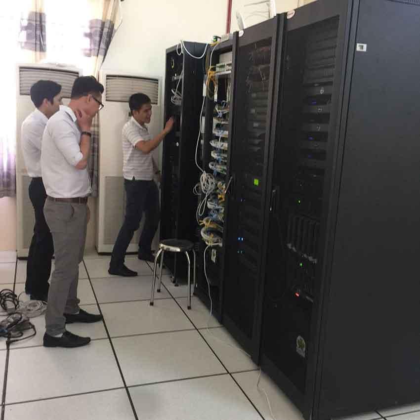 Vận hành hệ thống Hội nghị truyền hình thành phố Cần Thơ