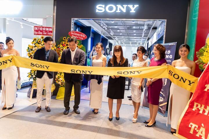 Sony Center Estella Place khai trương nhiều quà khủng cho khách hàng