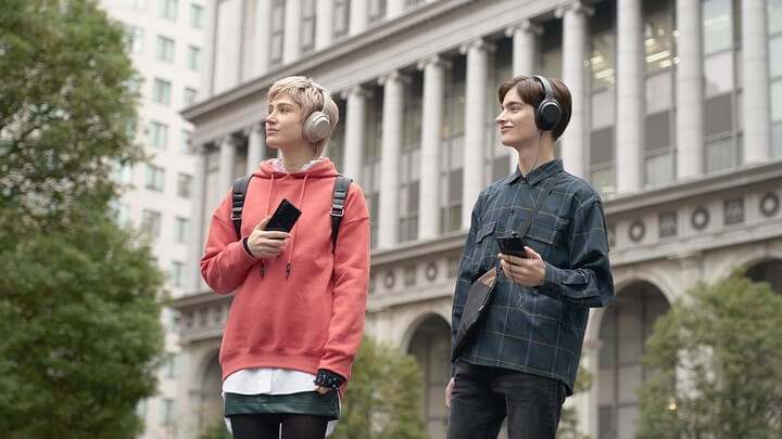 Sony trở lại cuộc đua smartphone với bộ đôi Xperia 10 II và Xperia 1 II