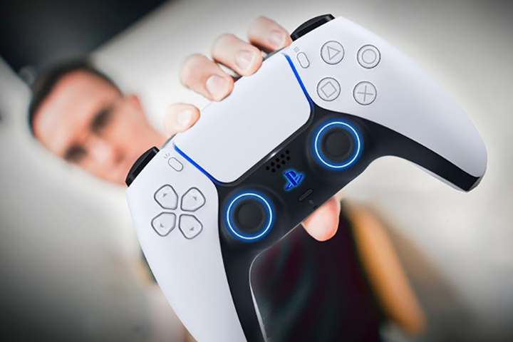 Khách hàng nên đến Logico để trải nghiệm và mua sản phẩm tay cầm chơi game