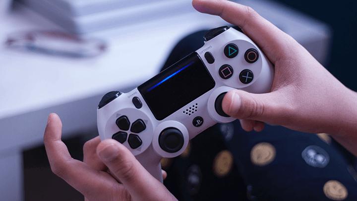 Tay cầm PS4 Dualshock 4 – Vật dụng không thể thiếu của các game thủ