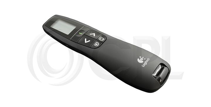 Bút trình chiếuLogitech R800 cho phép bạn tự do di chuyển khi thuyết trình