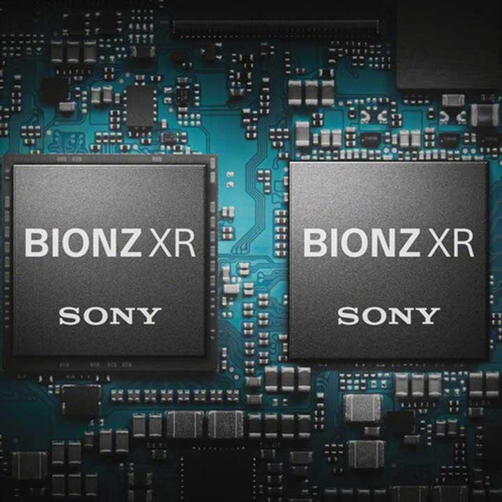 Chip xử lý BIONZ X đã được tăng cường kết hợp với chip ngoại vi front-end LSI tăng khả năng đọc/ghi dữ liệu
