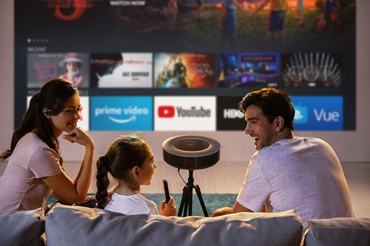 Thiết kế máy chiếu Anker Nebula Cosmos 1080p phù hợp với mọi gia đình