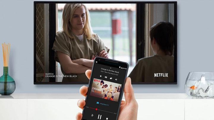 Dễ dàng phản chiếu màn hình điện thoại của bạn trên hình ảnh máy chiếu nhờ chức năng Google Chromecast