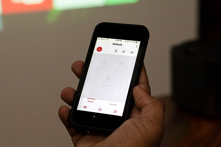 """Điều khiển Apollo bằng chiếc Smartphone qua ứng dụng """"Nebula Connect"""""""