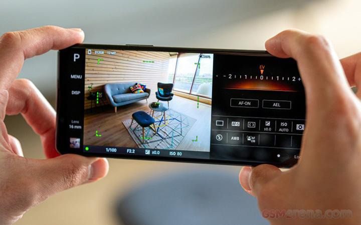 Điện thoại Xperia 1 II sở hữu công nghệ tự động lấy nét hàng đầu