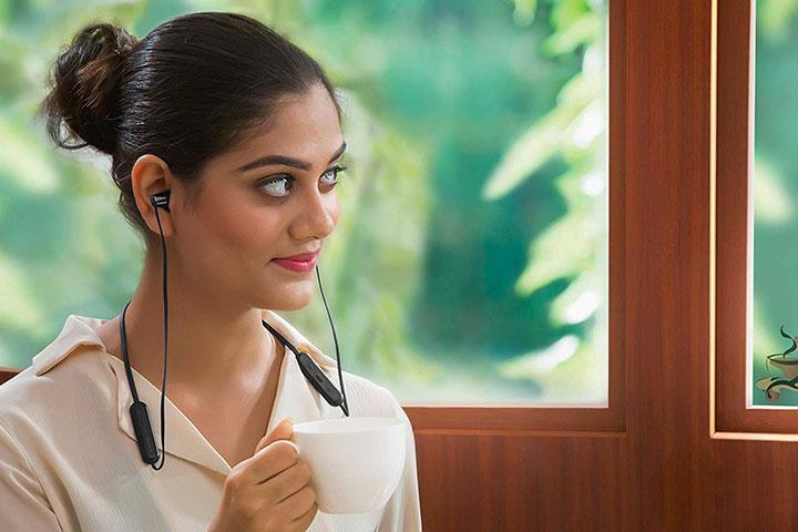Tai nghe không dây In-ear Sony WI-C300