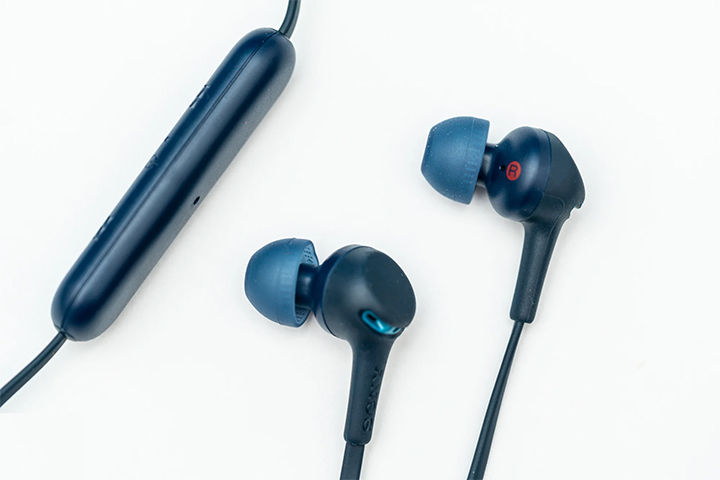 Tai nghe không dây Extra Bass Sony WI-XB400