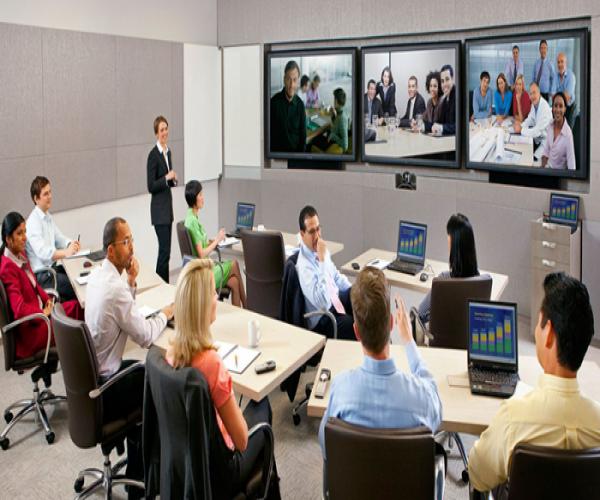 Lợi ích của màn hình tương tác Riotouch trong hội nghị truyền hình