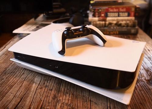 Sony bất ngờ ngừng sản xuất một số mẫu PlayStation 4 nhằm thúc đẩy doanh thu của PlayStation 5?