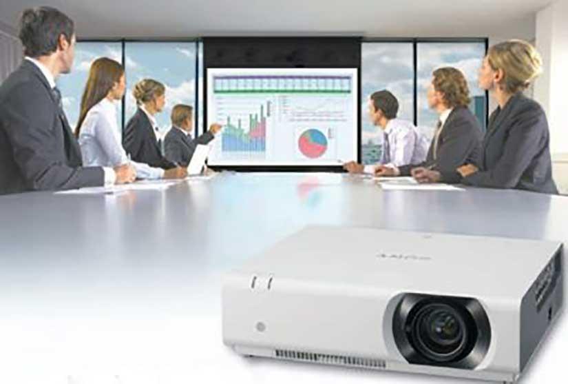 Đánh giá máy chiếu SONY VPL-CH375