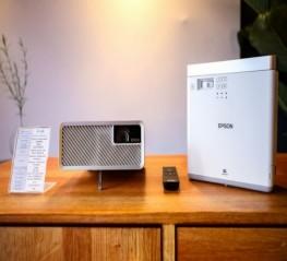 Epson EF-100 - Máy chiếu 3LCD nhỏ nhất thế giới hiện nay